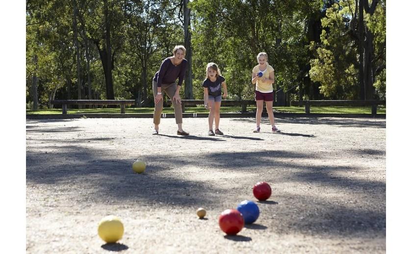 ¿Cuál el material alternativo empleado en educación física?