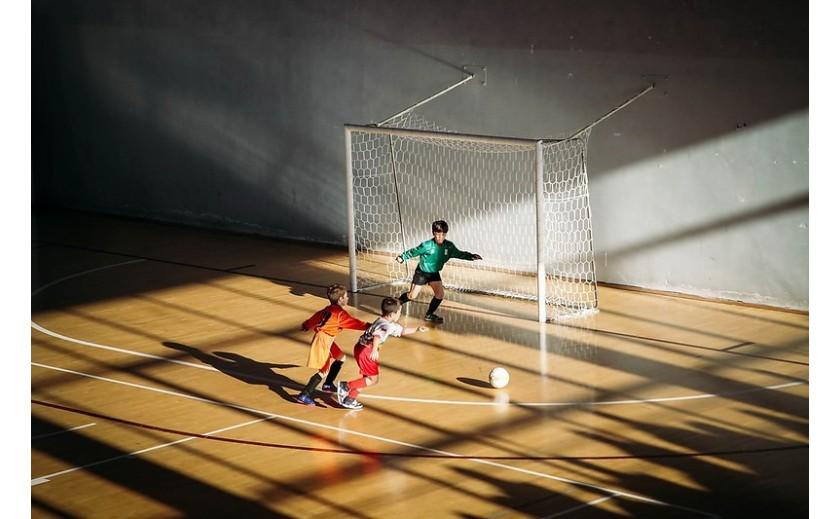 ¿Cómo entrenar a los niños para jugar al fútbol sala?